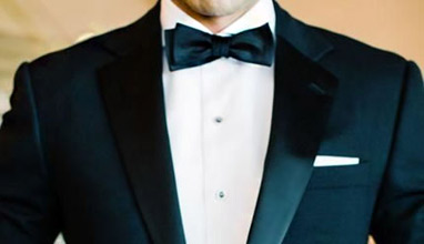 5 Tips for Choosing the Perfect Wedding Suit