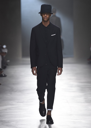 Neil Barrett Spring 2018 collection