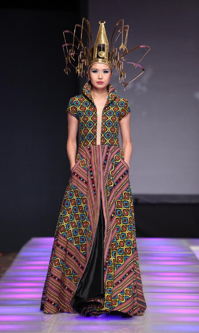 LeViCo Features Exquisite Masterpiece Fabrics