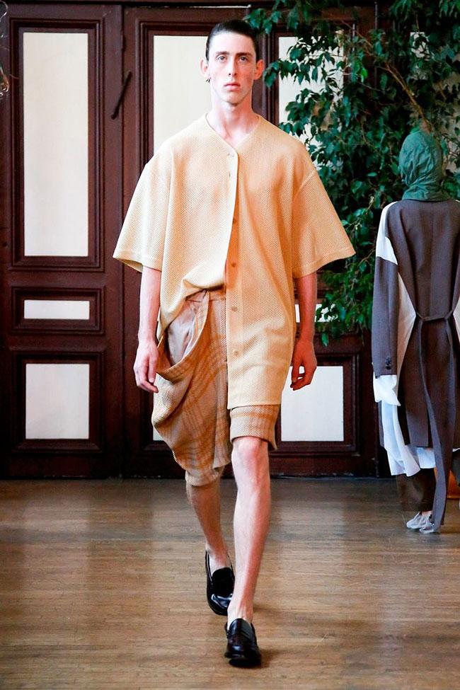 Innovative Minimalist Avant Garde Hed Mayner At Paris Men S Fashion Week