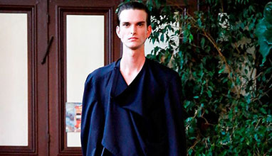 Innovative. Minimalist. Avant Garde. Hed Mayner at Paris Men's Fashion Week