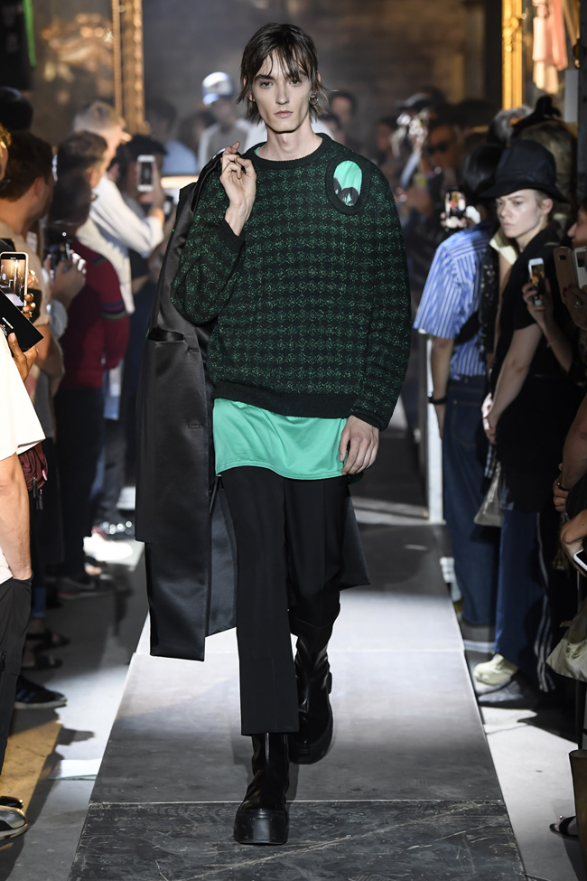 Raf Simons and the Shift of the Style Pendulum at Paris Men's Fashion Week