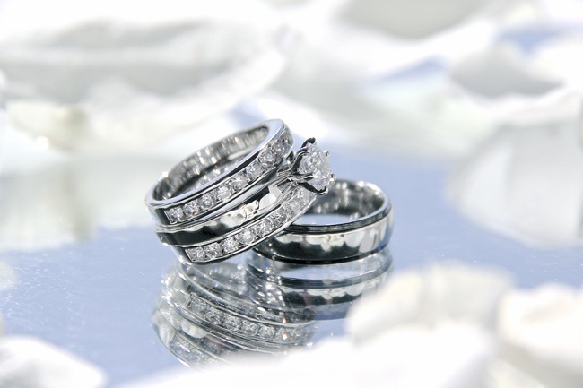 Keep These Things in Mind When You Are Shopping for Sterling Silver Wedding Bands