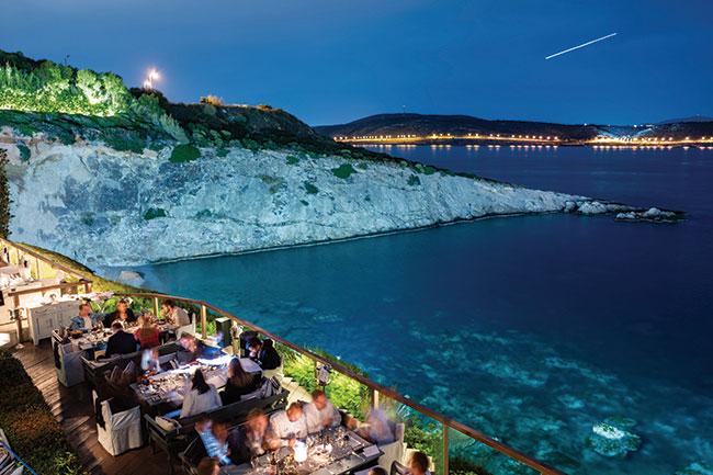 Athens Riviera. The comeback of the international Jet Set
