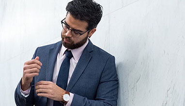 How to Buy the Best Men's Business Attire?