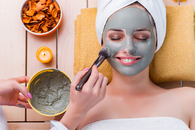 Why You Need Mud Masks: The Skin Care Benefits