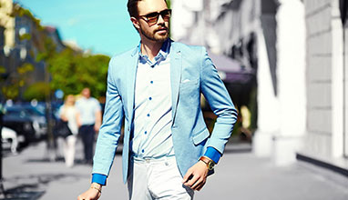 Dress To Impress Tips For Men: Choosing The Right Clothing