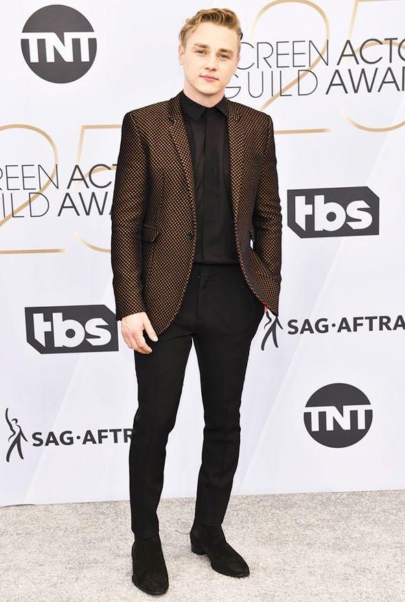 Once again: Adam Lambert is the winner of Most Stylish Men February 2020