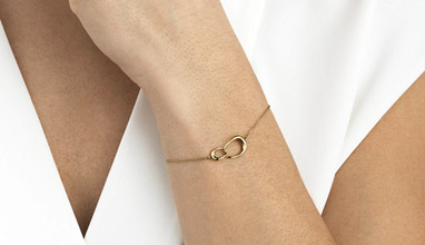 Gold bracelet for women - Tips to Wear your Gold Bracelets