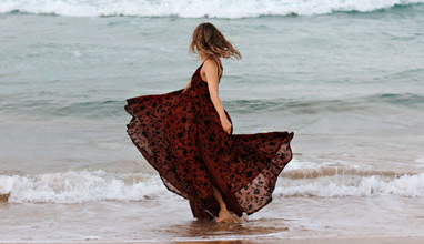 Creative ways to wear the long bohemian dresses in 2021