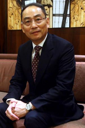 Chunxin Zhan