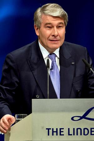 Wolfgang Buechele